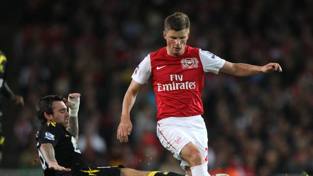 Soccer - Carling Cup - Fourth Round - Arsenal v Bolton Wanderers - Emirates Stadium