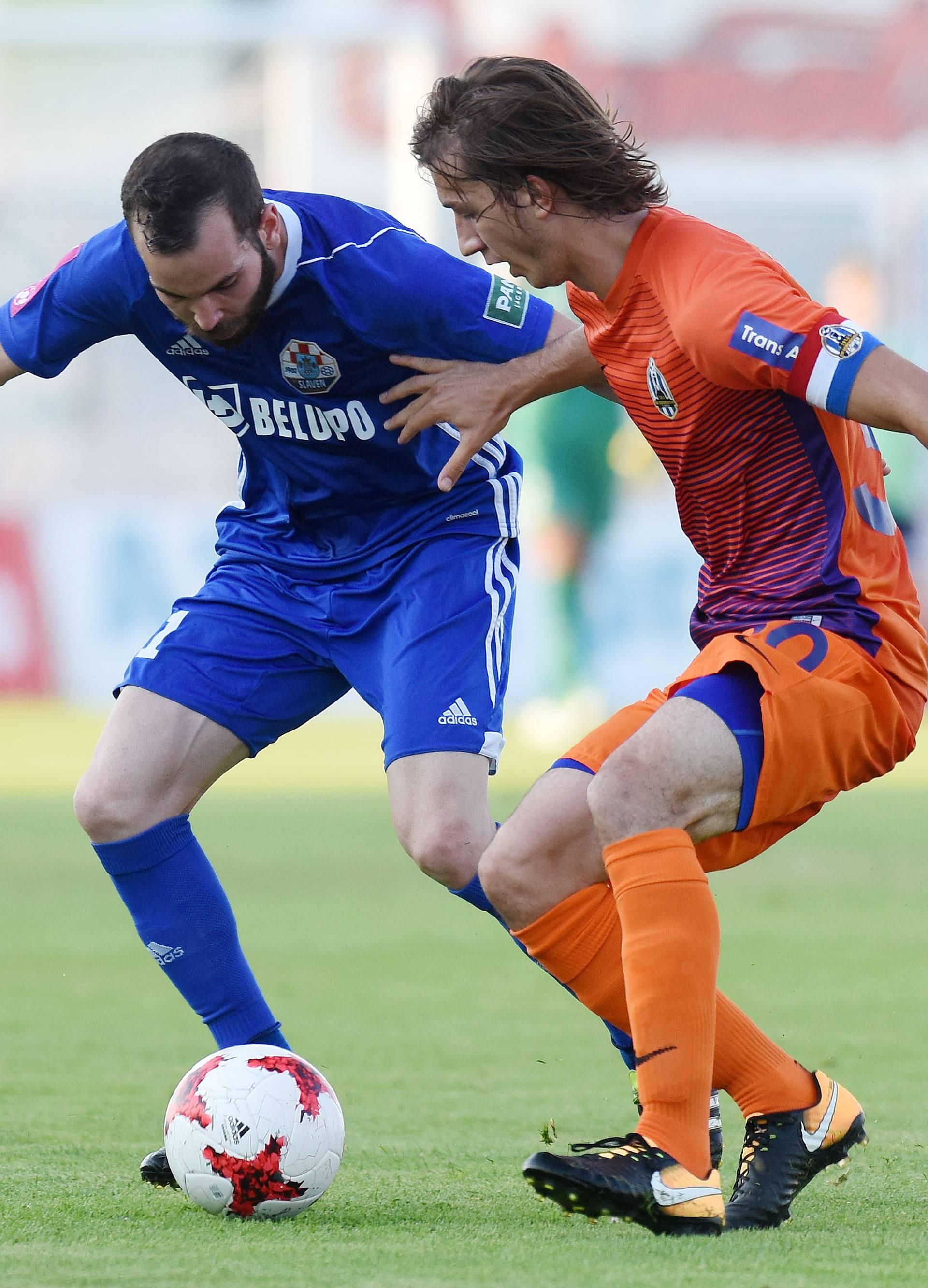 Slaven pobijedio Lokomotivu i dobio nagradu za fair-play...