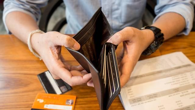 Otkrivamo kako na pametan način izaći iz hrpe dugova