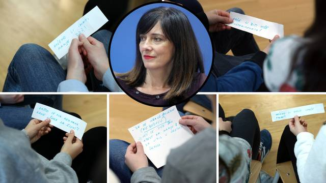 Učenici postavljali pitanja koja je učiteljica napisala na papirić
