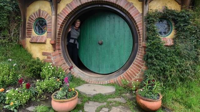 Grabar Kitarović je posjetila najveći maslinik i Hobbiton