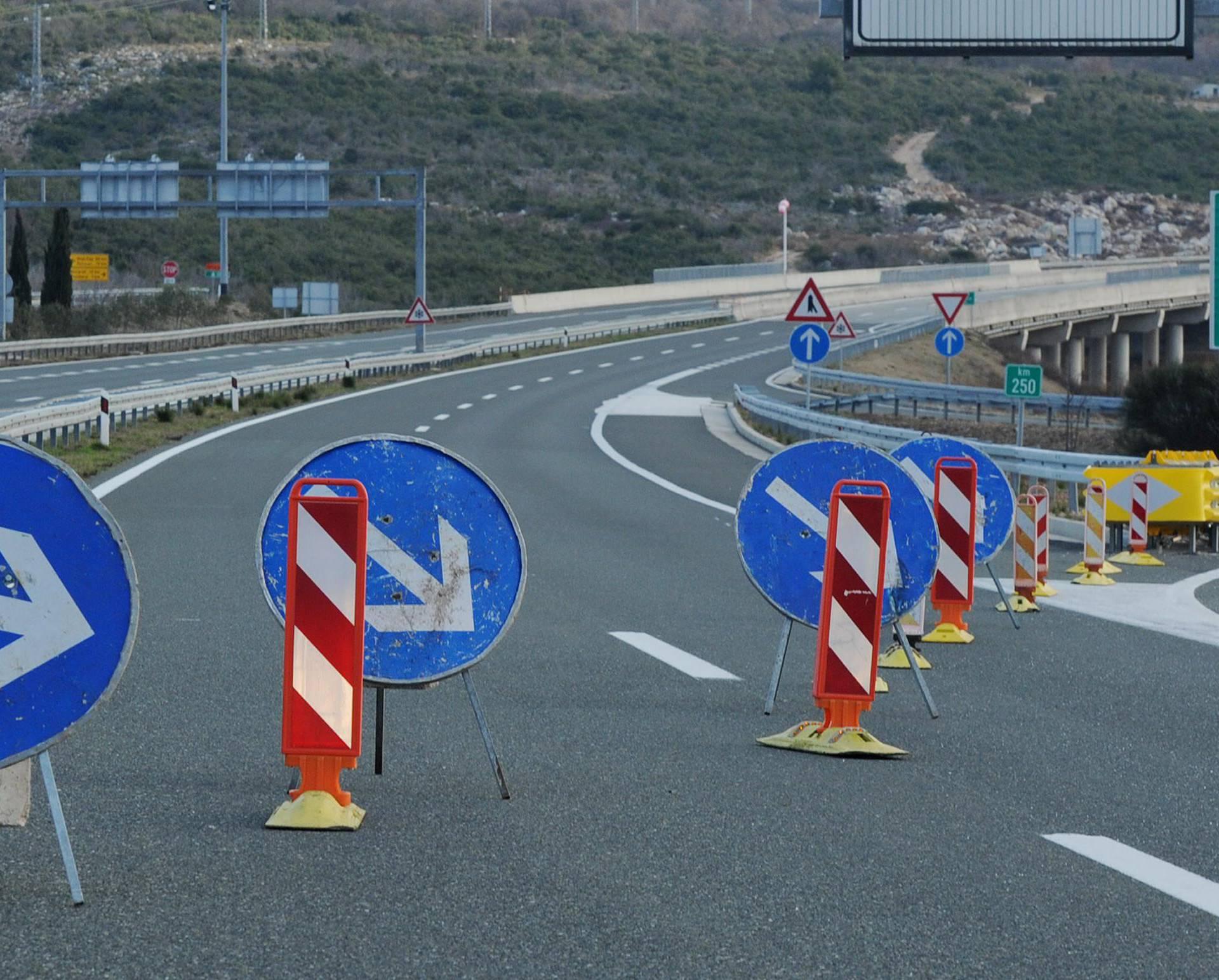 Prometna nesreća na A1 kod Ogulina: Više ljudi ozlijeđeno