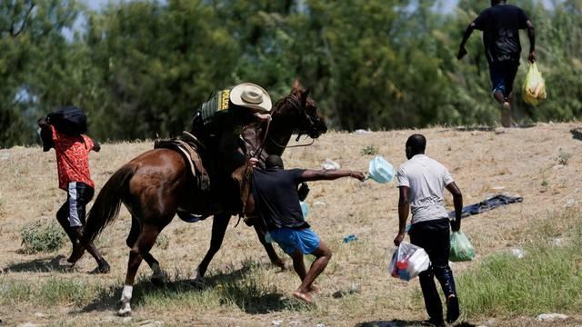 FILE PHOTO: Migrants seeking asylum in the U.S. in Ciudad Acuna, Mexico