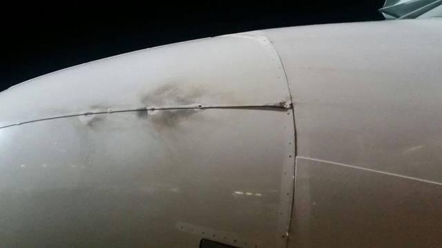 Munja udarila zrakoplov netom prije slijetanja u Dubrovniku