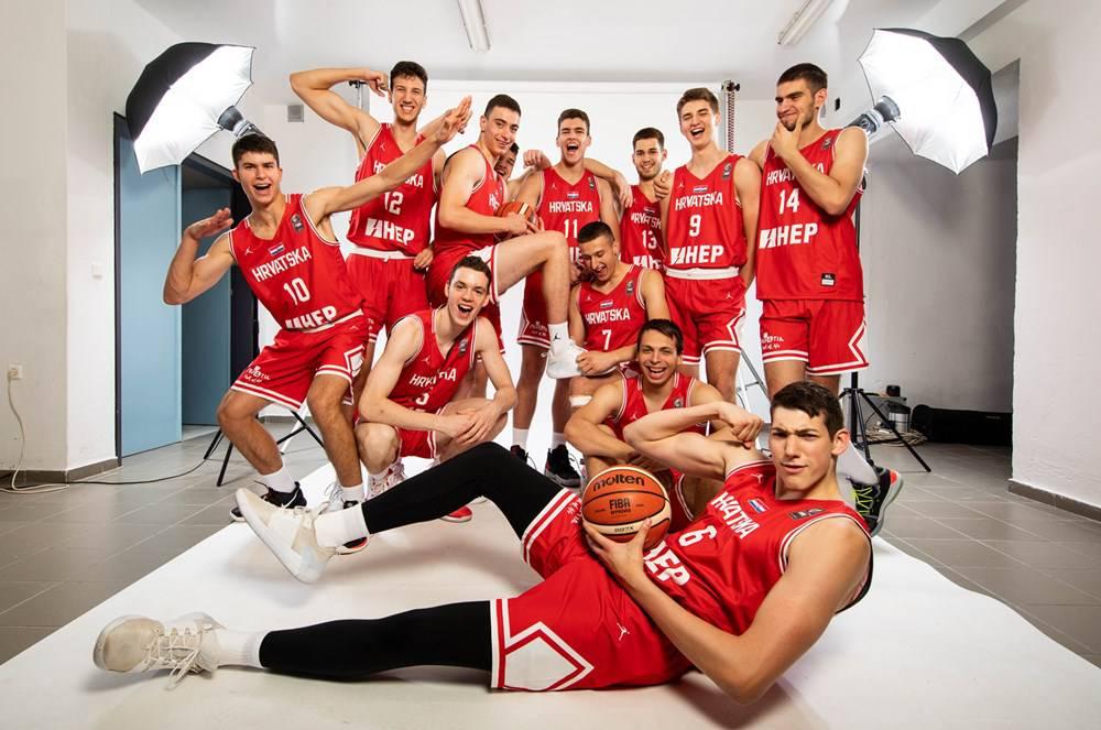 Ima još nade: Mladi košarkaši u nedjelju igraju za opstanak
