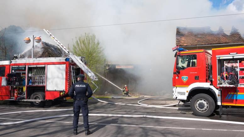 Gorio stan u Zagrebu: 'Zbog dima su morali evakuirati i obitelji s malom djecom'