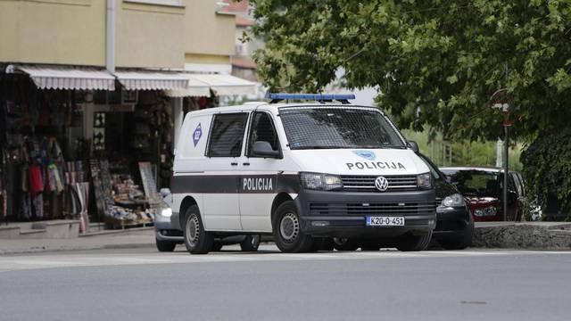 Policija na ulicama Mostara nakon navijačkih sukoba