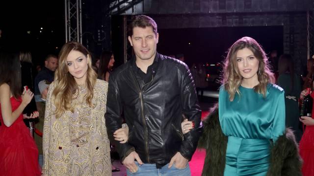 Srpski glumac završio u bolnici: Ima koronu, dobio i upalu pluća