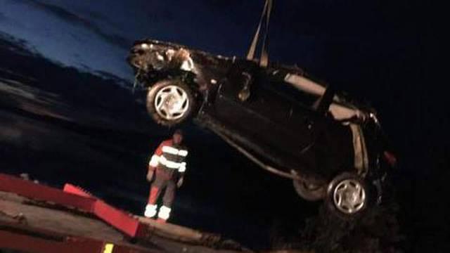 Tragedija u Marini kod Trogira: 33-godišnjak autom sletio u more, na mjestu je preminuo