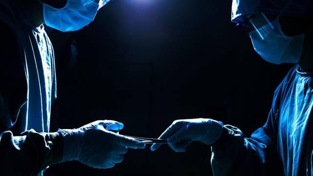 U Puli uhićen poznati kirurg: On i njegov tim izmišljali ozljede i godinama muljali osiguranja