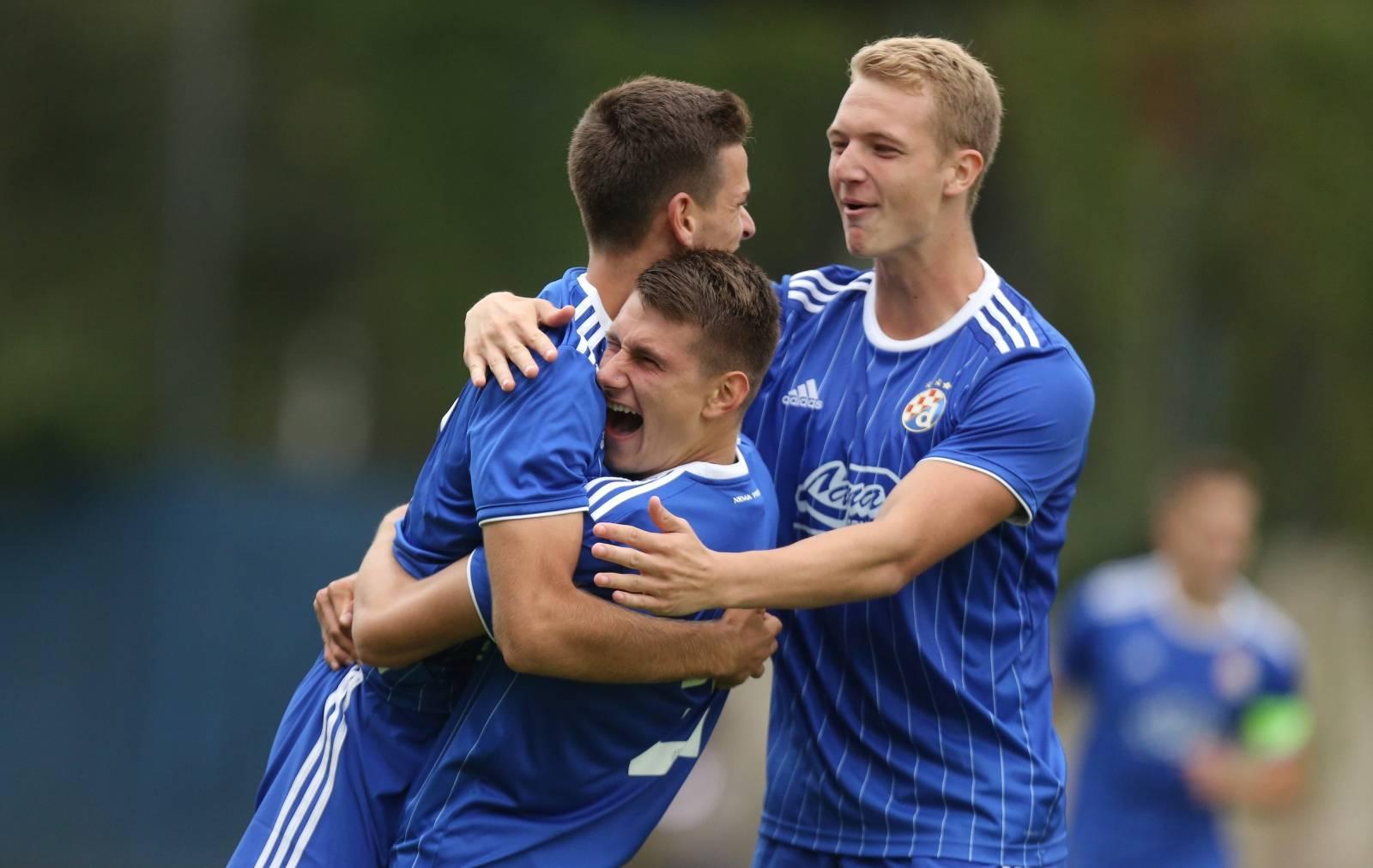 Mladi nogometaši Dinama pobijedili Atalantu s 1:0 u Ligi prvaka mladih