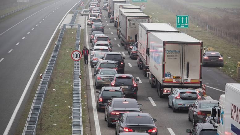 Na A1 ograničenje brzine: U blizini Otočca došlo je do sudara