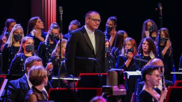 Zagreb: Koncert u povodu 35. obljetnice zbora Zvjezdice