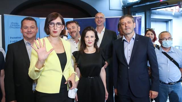 Zagreb: Atmosfera u stožeru koalicija Stranke s imenom i prezimenom, Pametno i Fokus