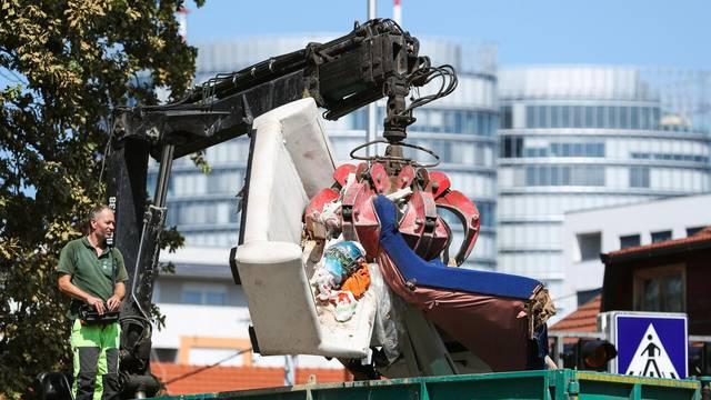 Čistoća  odvozi otpad s ulica: 'Prazne se reciklažna dvorišta'
