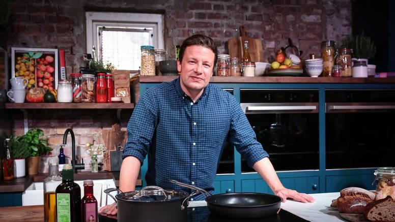Jamie Oliver je ponovo u akciji: Otvorit će čak 21 novi restoran