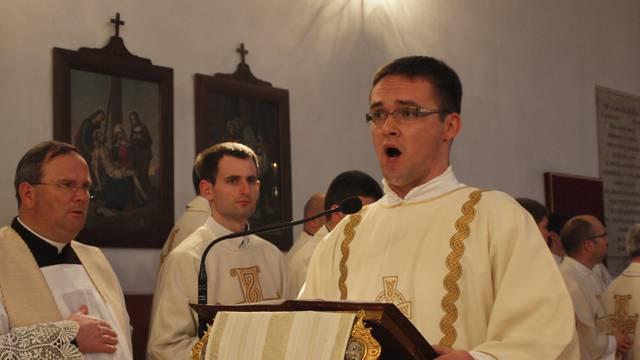 Svećenik iz Zadra održava mise iako su zabranjene: 'Niste bili jučer? Kakva ste vi to vjernica?'