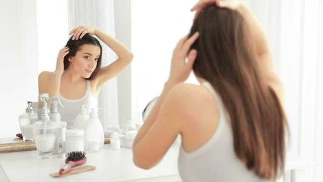 'Gubitak kose se povezuje sa dugotrajnom upotrebom preparata za zaštitu od sunca'