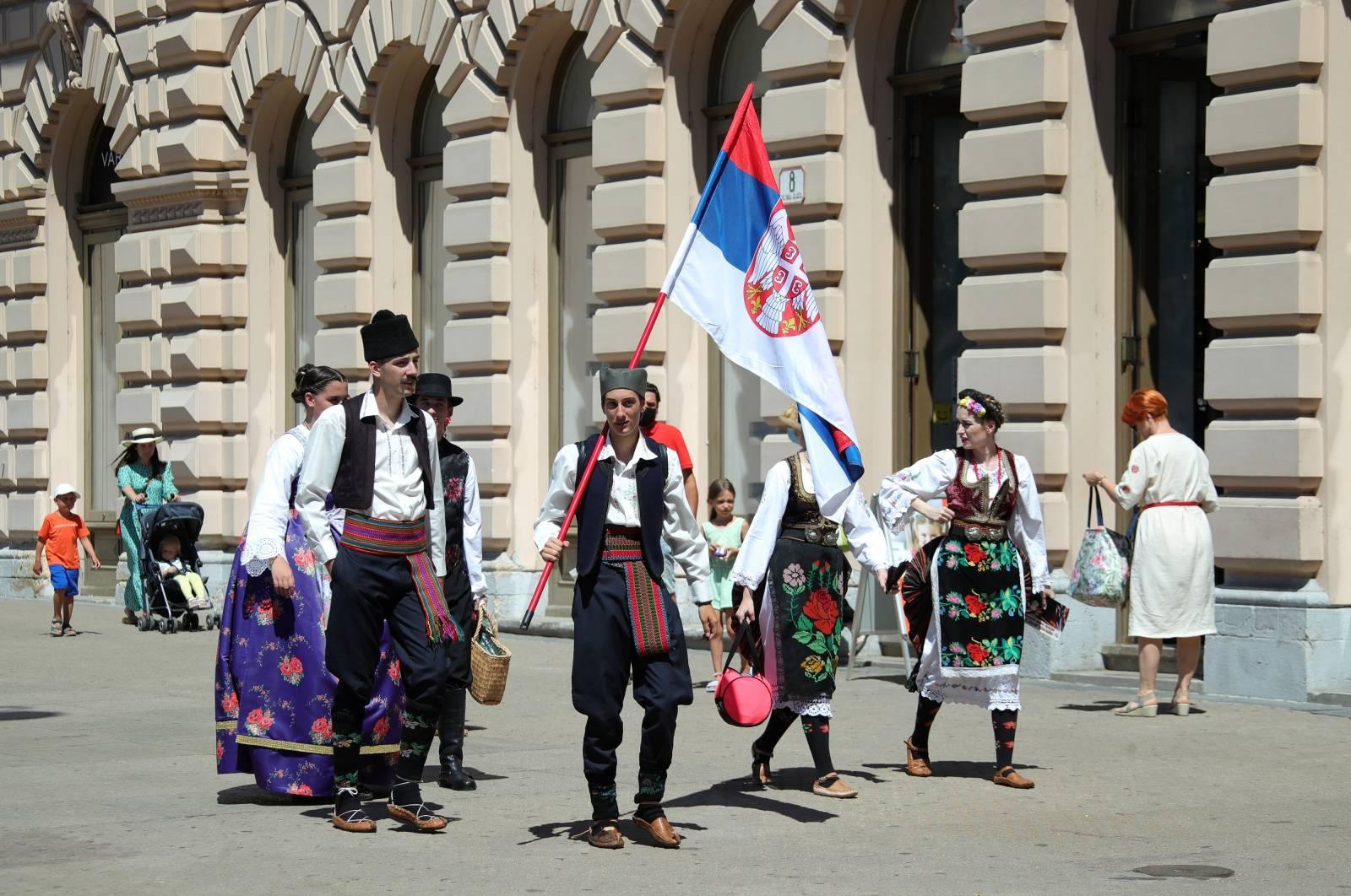 Sudionici Međunarodne smotre folklora zabavljali se na zagrebačkim ulicama