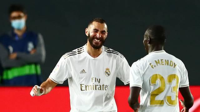La Liga Santander - Real Madrid v Valencia