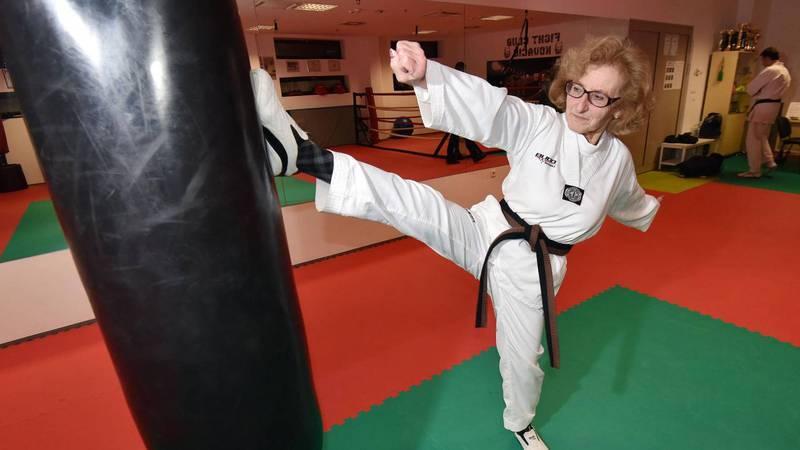 Varaždinska doktorica Poje (74) položila za crni pojas u karateu!