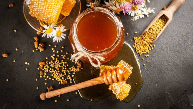 Ove zime, pčelinji proizvodi biti će najvažniji u jačanju imuniteta i borbi protiv virusnih infekcija