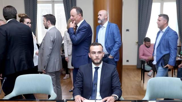 Ministar tražio Vargine usluge? 'Sve je laž, hakirali su mu mail'