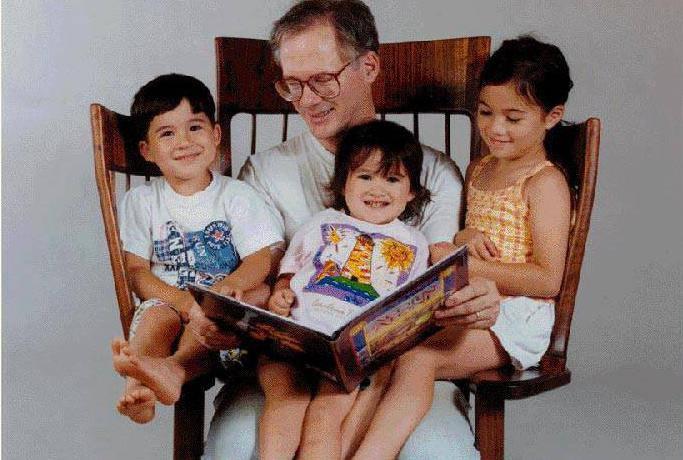 Stolar Hal Taylor i njegovo troje djece