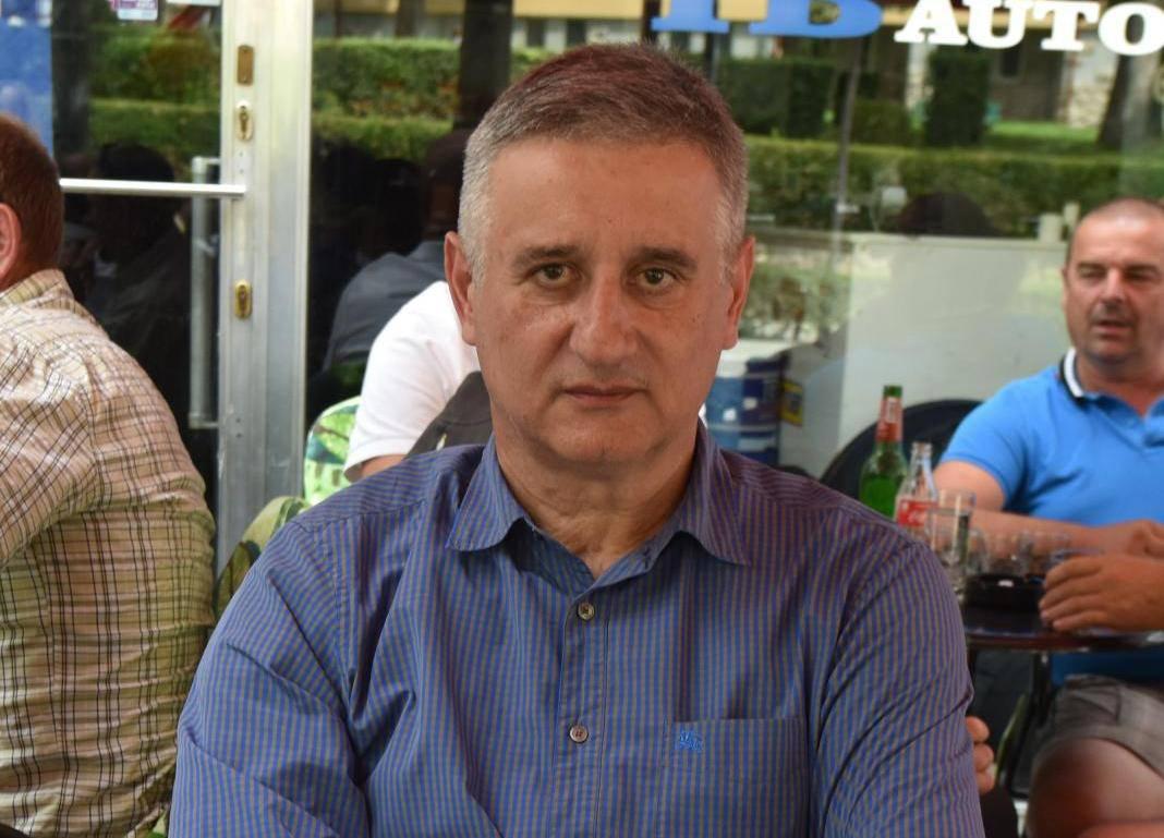 Knin: Tomislav Karamarko u kafiću u Kninu tijekom obilježavanje obljetnice Oluje