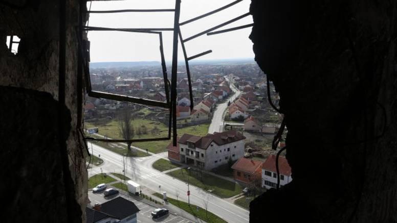 Prve fotografije: Vukovarski vodotoranj neće se obnavljati