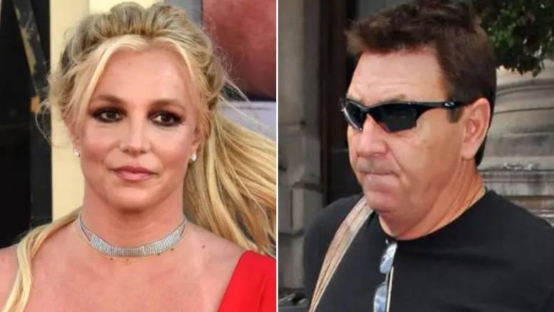 Jamie Spears je Britney liječio religijom? Tim ljudi joj je svaki dan propovijedao Riječ Božju