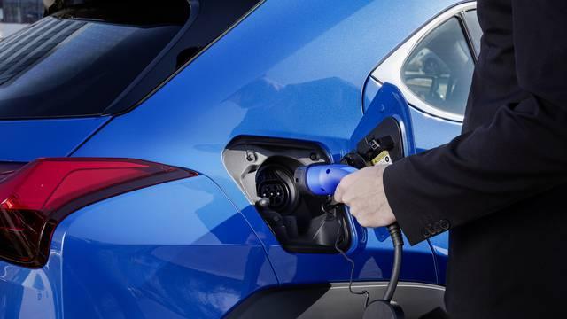 Prodaja elektrificiranih auta u Europi nezaustavljivo raste, već sada su prestigli i dizelaše