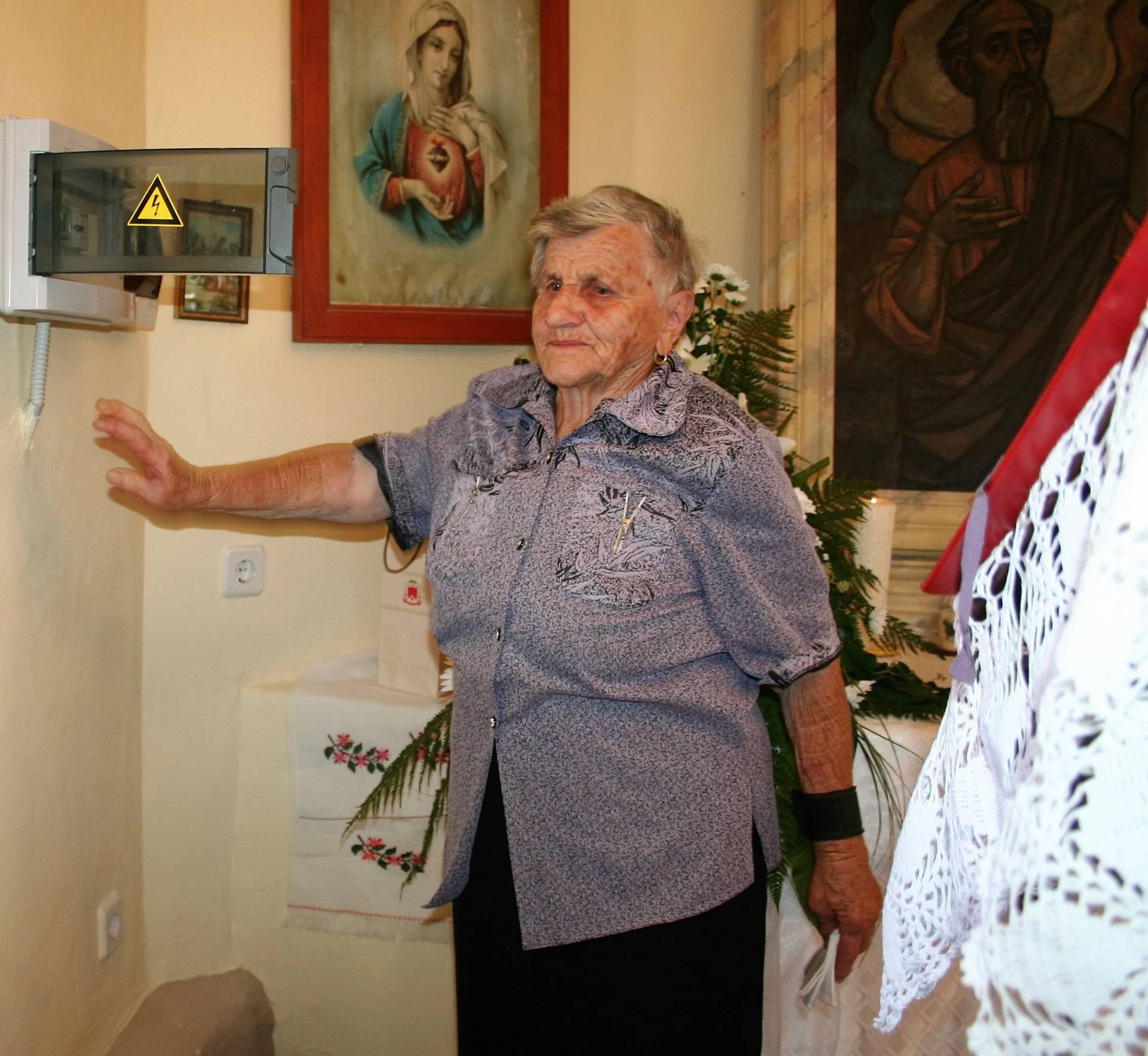Nakon 50 godina zvonarka Kata zvoni električnim zvonom