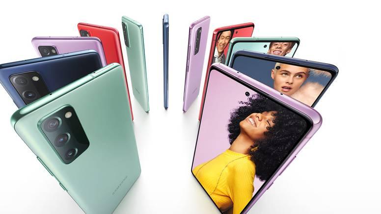 Pet razloga zašto si istinski svoj uz Samsung Galaxy S20 Fan Edition