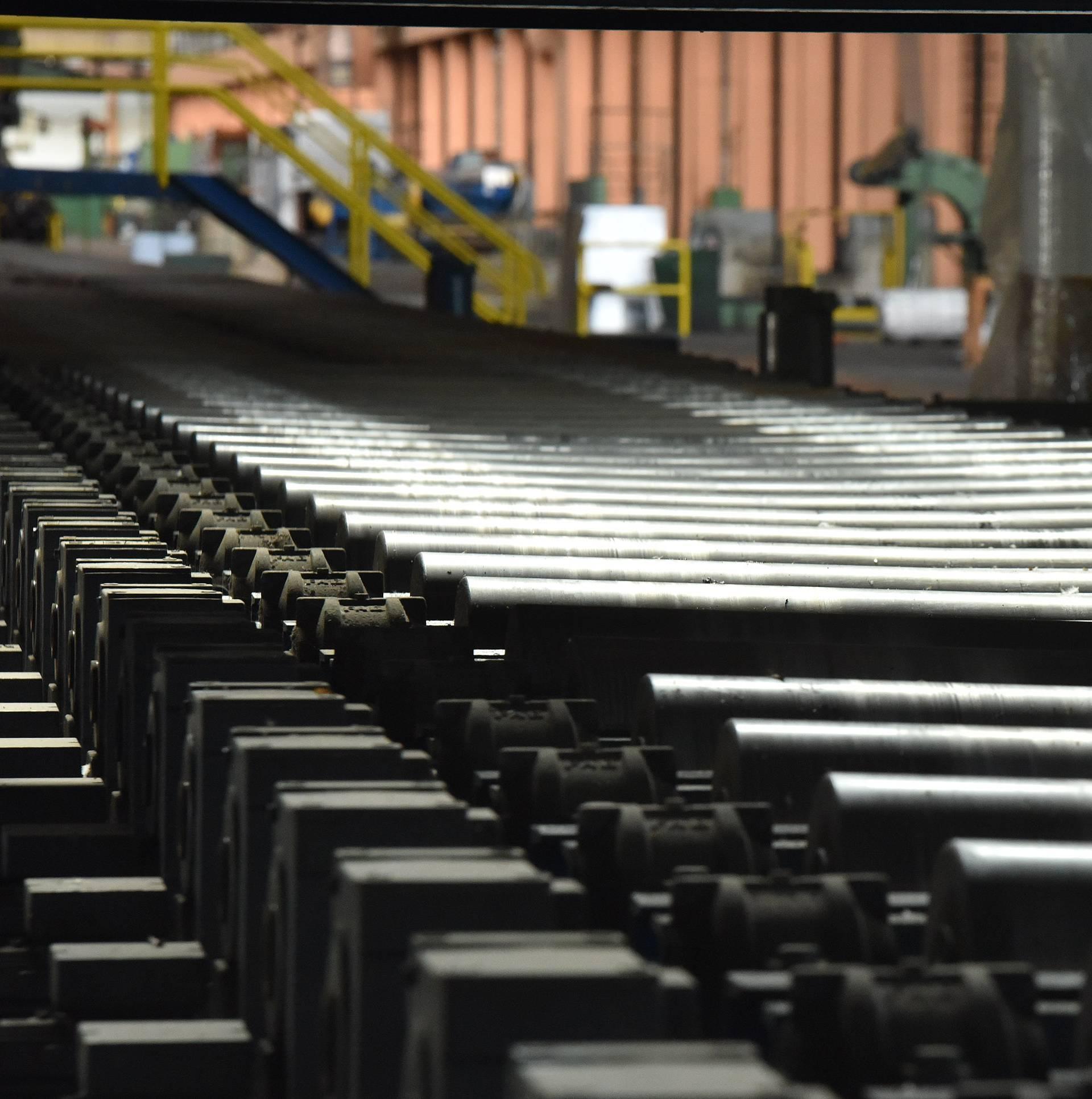 Rekordan pad potrošnje, pala i  je industrijska proizvodnja