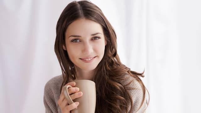 10 prirodnih recepata:  Pomoć kod infekcija, bolova, alergija...