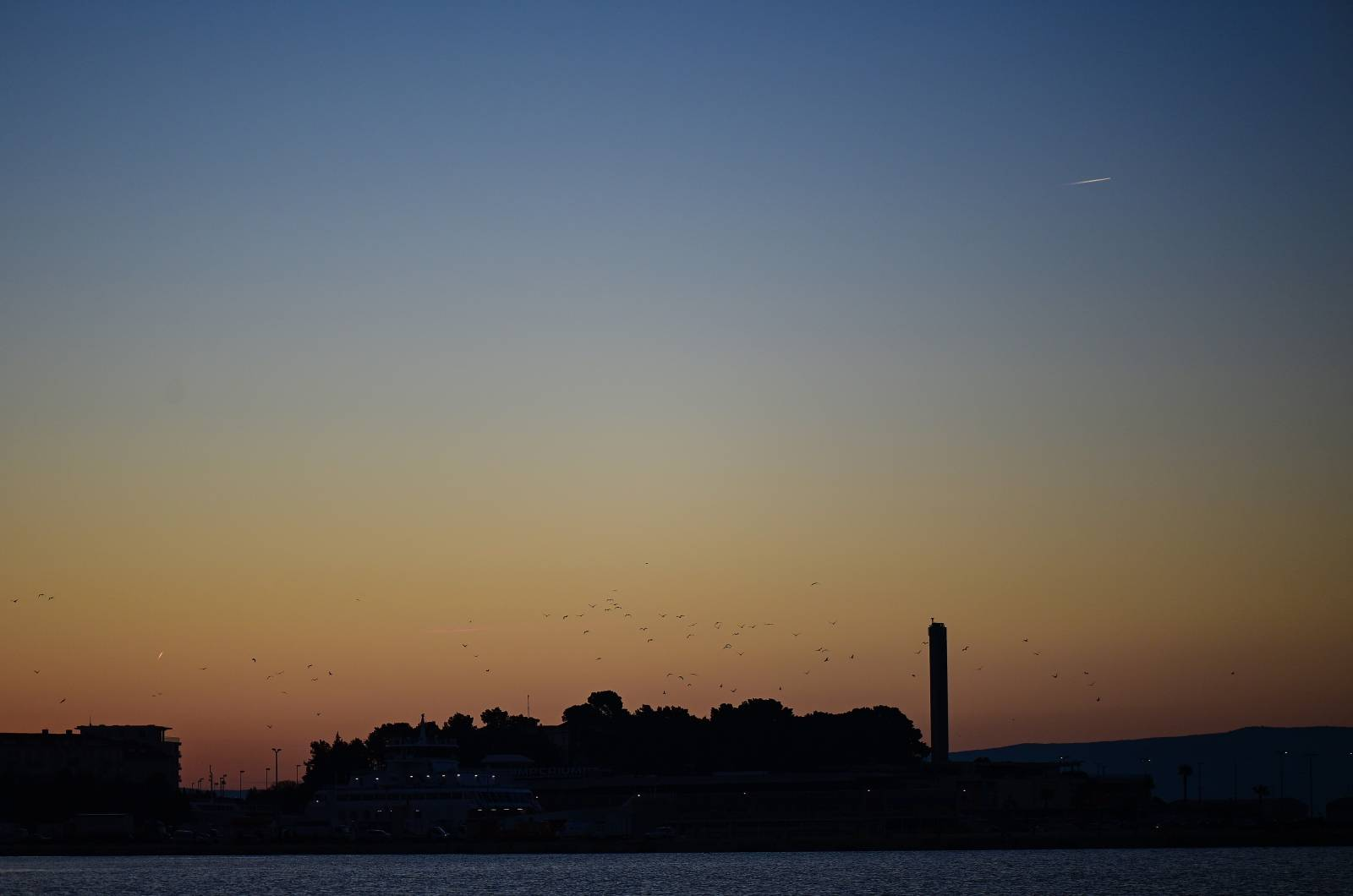 Buđenje grada Splita u zoru