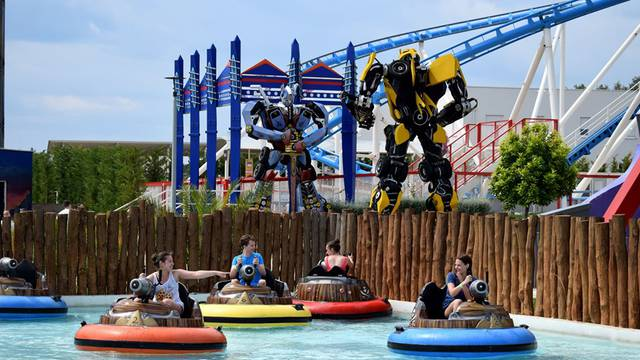 Od Transformersa do piratskih bitaka u Fun Parku Biograd s odličnim tematskim partijima