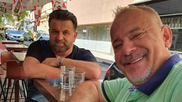 Šprajc i Andrija Jarak piju kavu i šale se na svoj račun: '240 kg čistog šarma i sedam stentova'