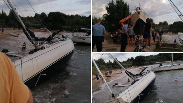 Prvić Šepurina: Nasukale su se dvije jedrilice, brodovi oštećeni