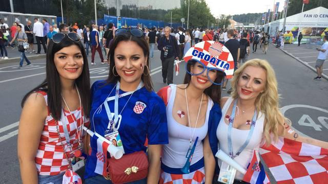 'Crven-bijeli' trg u Moskvi: Za Hrvate navijao i Steven Seagal