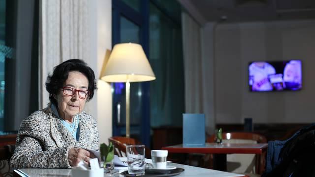 'Otišla sam u penziju, a ne u mirovinu i doktorirala sa 77 g.'