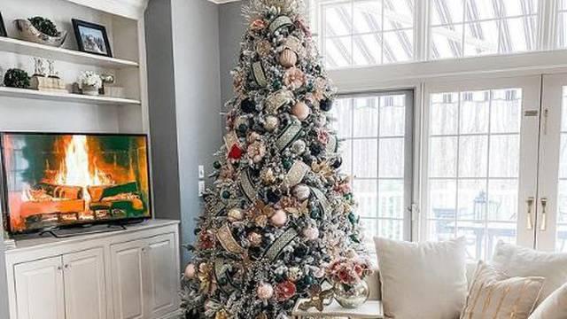 Ovih 8 koraka dovest će vaše božićno drvce do savršenstva