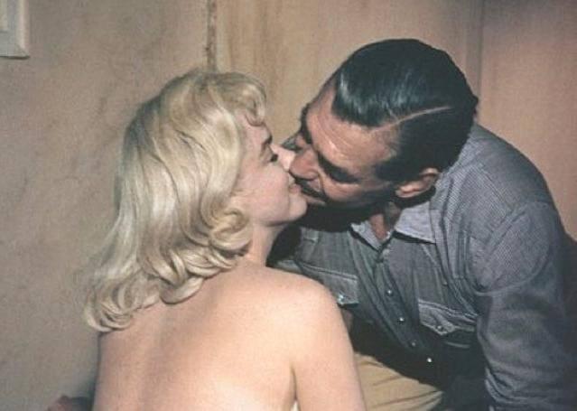 Otkrivene dugo skrivane fotke potpuno gole Marilyn Monroe