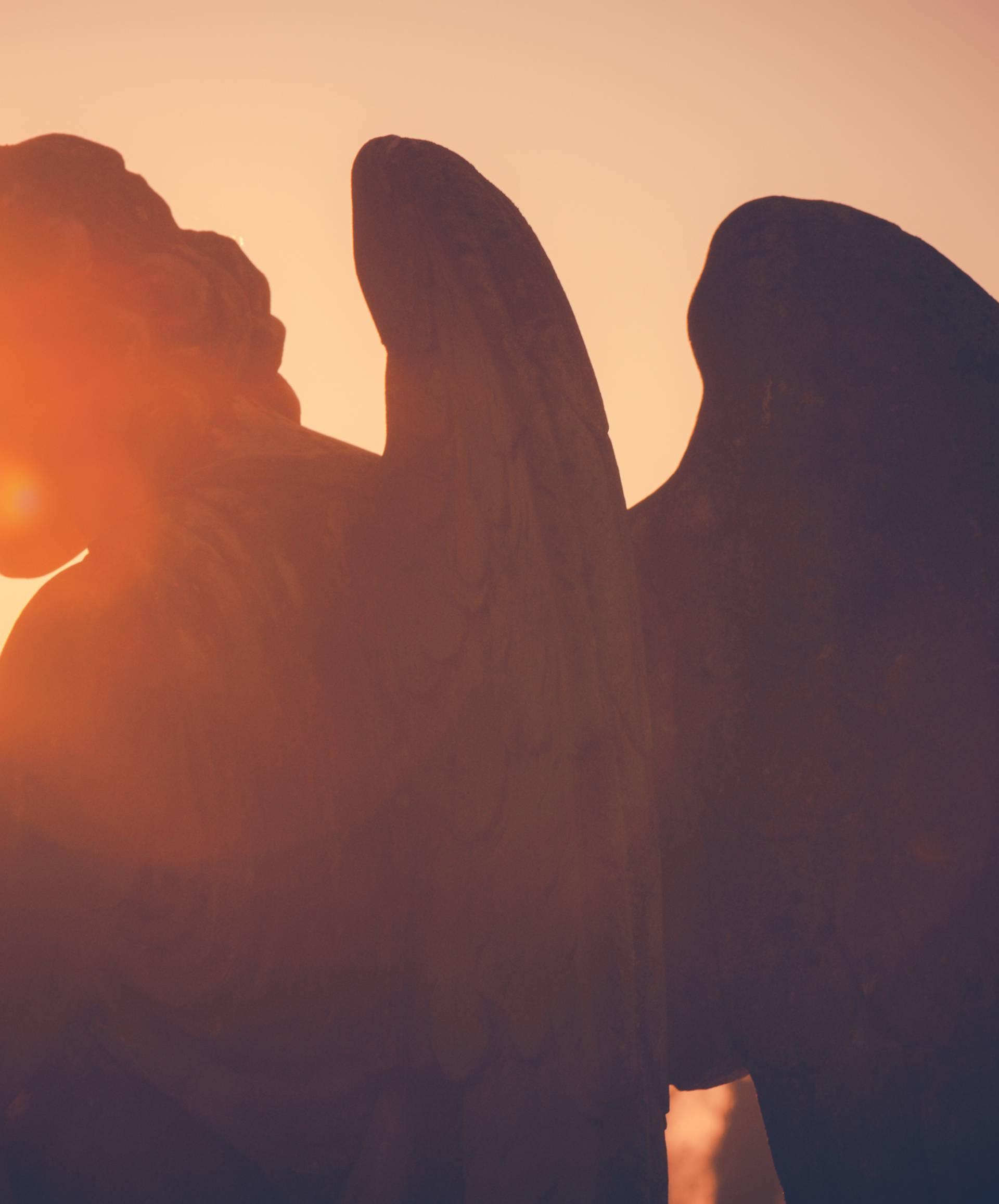 Ovih 10 znakova govore vam da na vas paze anđeli čuvari