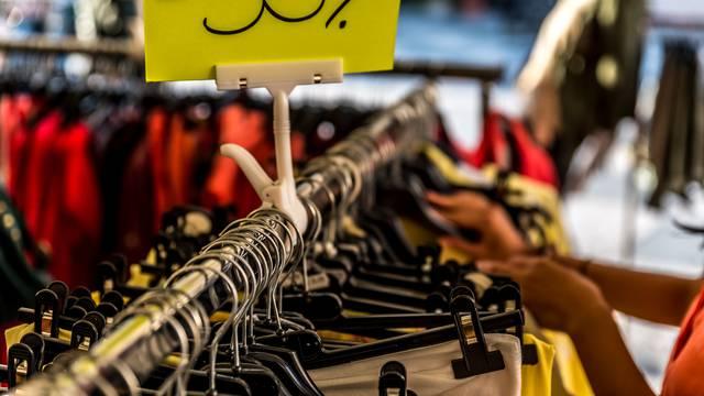 Pametni razlozi zašto ne kupiti odjeću iz masovne proizvodnje