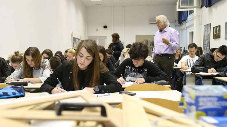 Učenici s najvišim prosjekom upisivali farmaciju i logopediju
