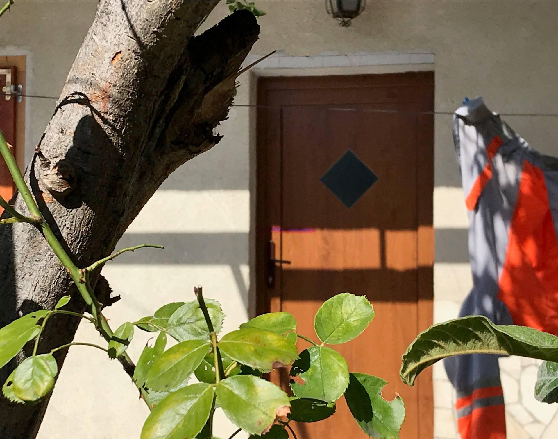Susjedi su čuli kako muškarac viče 'upomoć', a onda je pao...