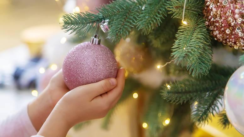 Božićni feng shui: Drvce treba stajati u centru kuće i na jugu