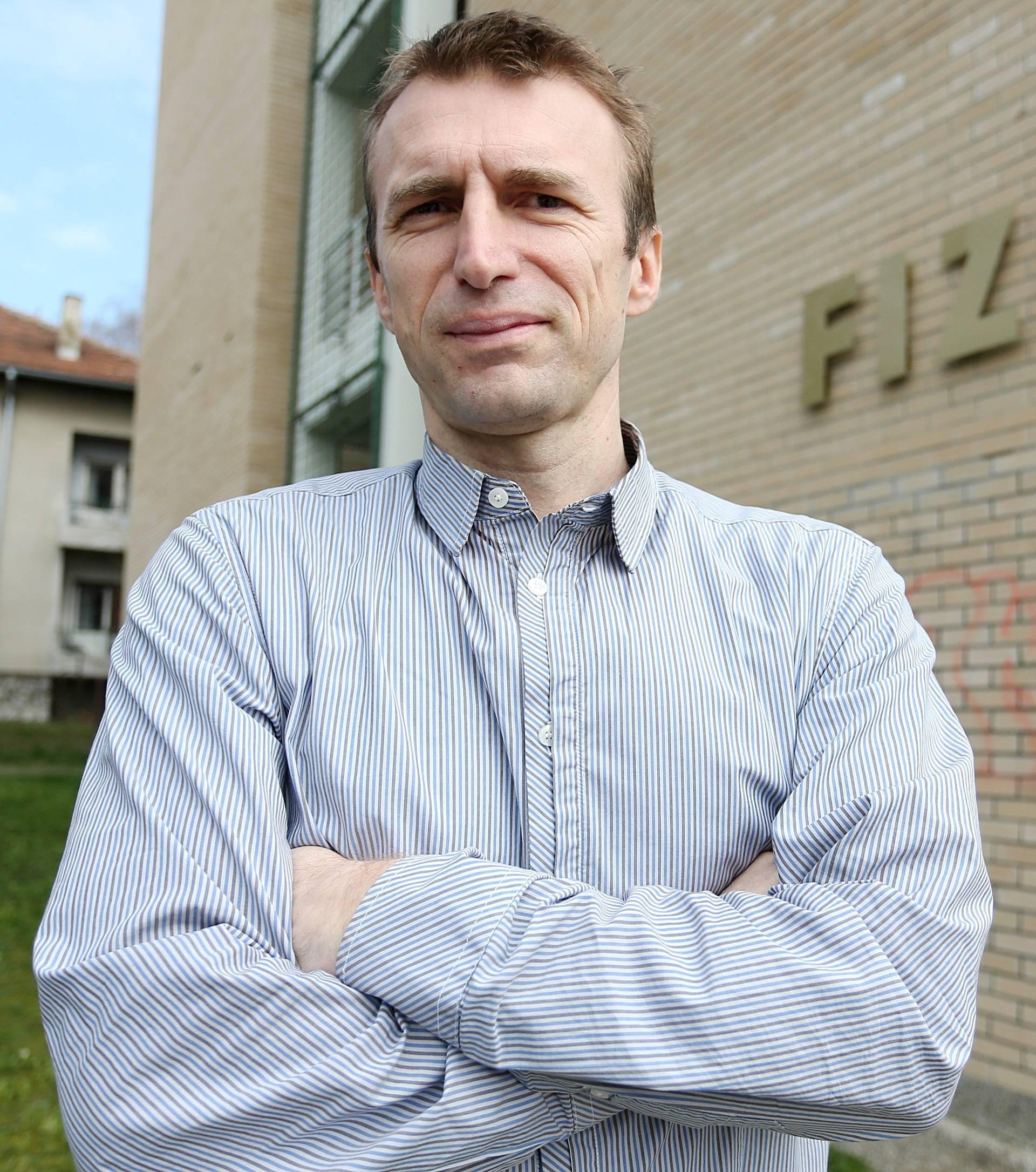 """""""Glunčić je doveo u pitanje opravdanost njegove pozicije"""""""